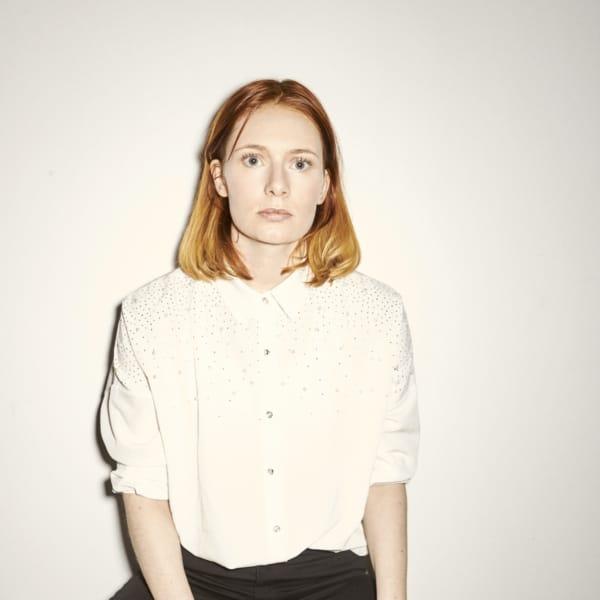 Annika Aakjær – ENEBARN, et one-woman show